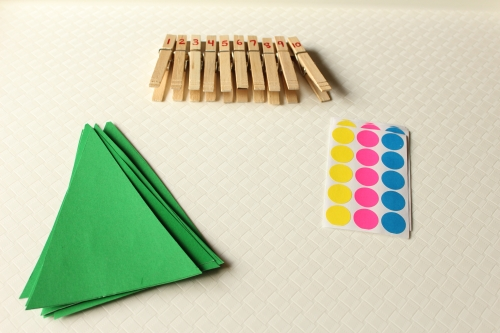 Christmas Tree Counting and Fine Motor Activity