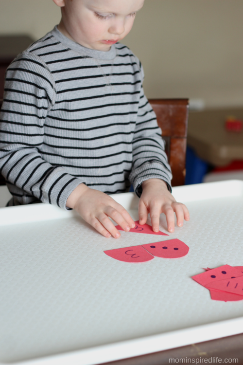 Heart Number Puzzles Math Activity for Preschoolers. Work on number recognition, counting and one to one correspondence.