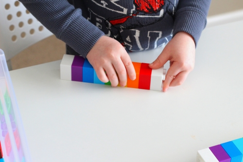 Make rainbow pattern by looking at a model