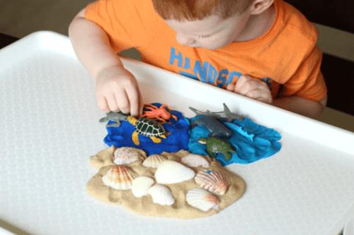 Playful preschool science activity about the ocean habitat