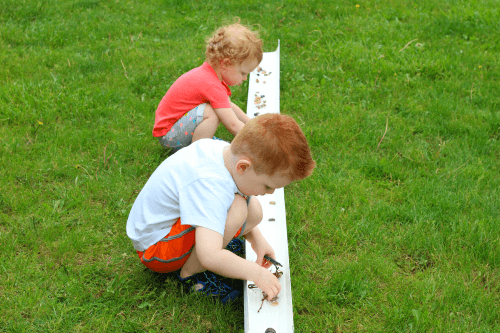 Learn about the animals and elements of a freshwater river when you do this sensory science activity for preschoolers.