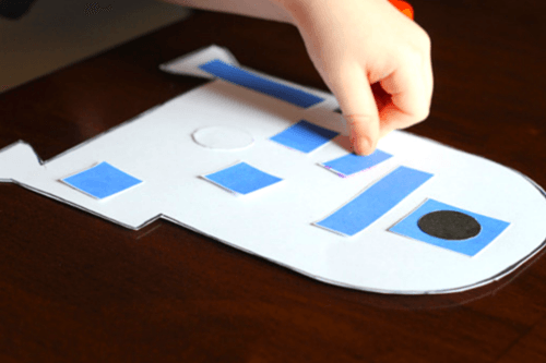 Cut out the pieces and glue to the R2-D2 template
