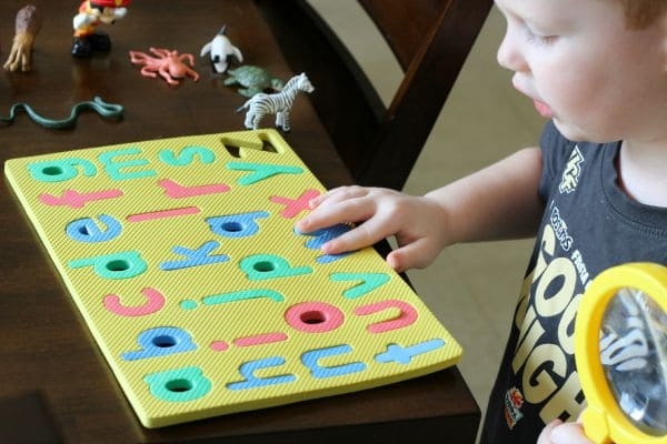 Detective pretend play activity for learning beginning sounds!