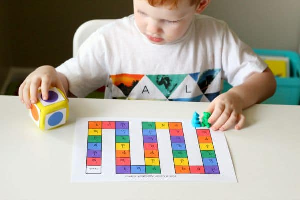 Learn colors while learning letters with this fun alphabet activity!