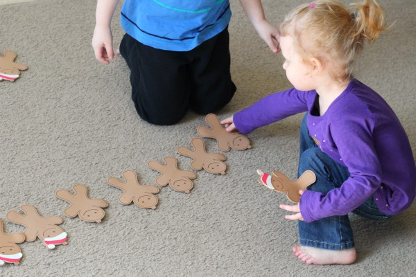 Learning to count with a gingerbread man gross motor activity.