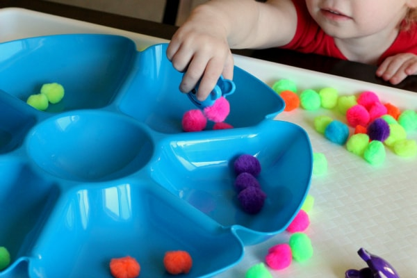 Learning colors activity for toddlers.