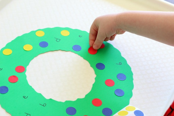 Christmas wreath letter learning activity.