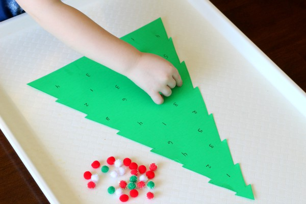 Christmas math activity. A fun way to practice number identification and subitizing.