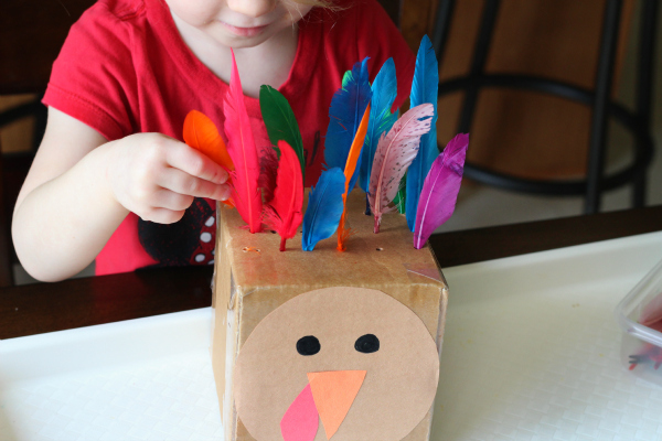 Turkey activity for toddlers that develops fine motor skills and tea.hes colors/