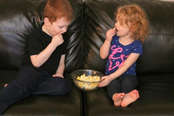Minions popcorn snack mix