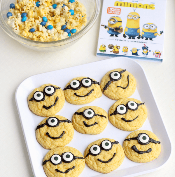 Minions cookies. A simple and easy recipe for Minions cookies and lots of party ideas!