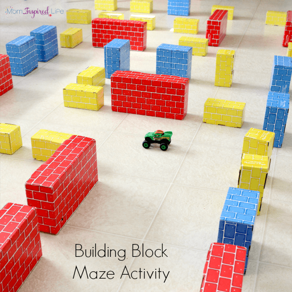 Building Block Maze Activity. A fun STEM activity to develop problem solving and critical thinking skills.