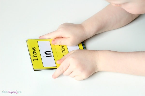 Sight words game. A fun way to teach sight words to preschoolers and early elementary students.