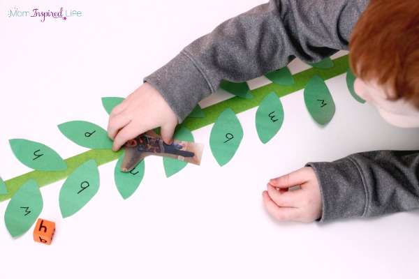 Jack and the Beanstalk alphabet game for preschoolers and kindergartners.