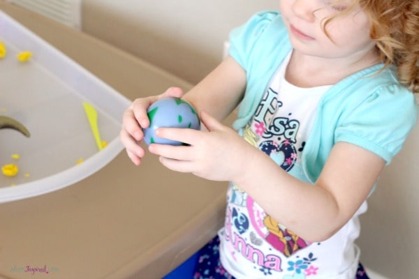 A space activity that gets kids up and moving while learning about the solar system.