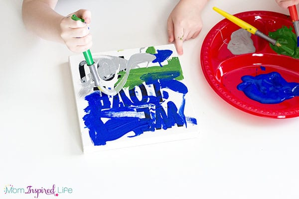 Paintings to make for dad on Father's Day. A fun art activity and gift idea.
