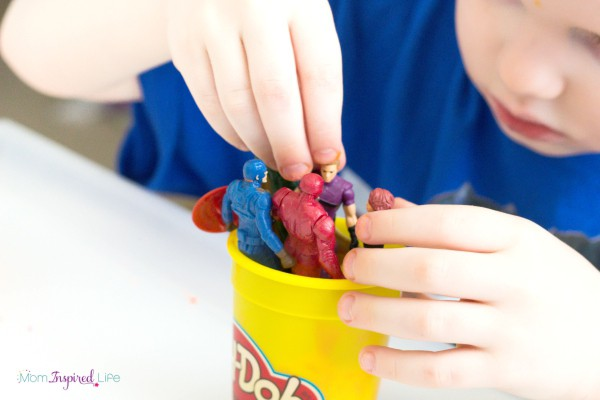 Superhero play dough sensory activity. A playful preschool activity!