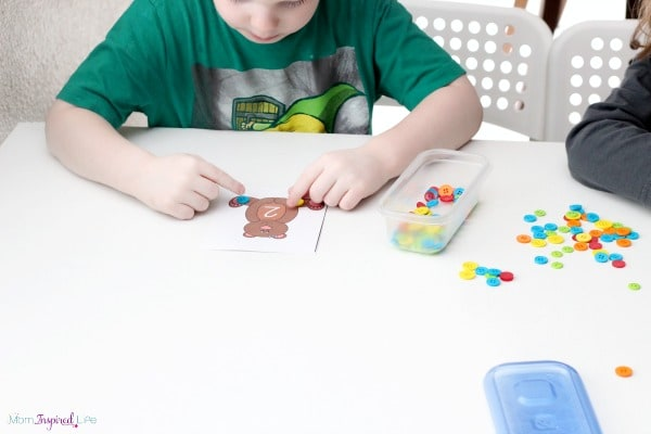 Kids love this fun, hands-on button counting activity!