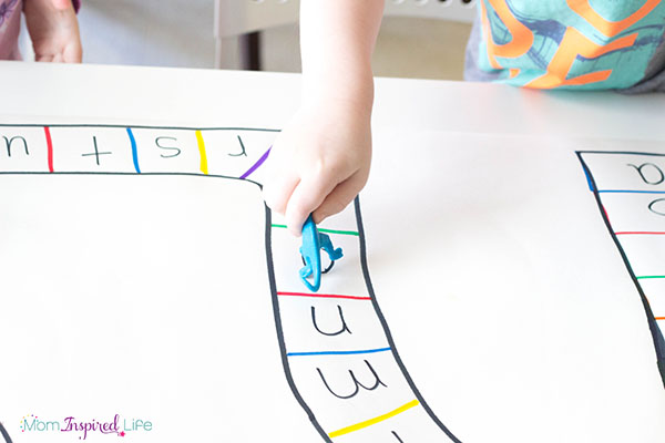 A dinosaur activity that is sure to excite kids and teach them a few things at the same time!