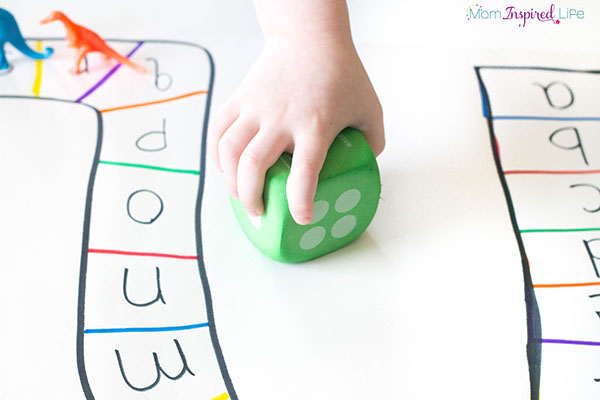 A fun dinosaur game that teaches the alphabet, counting, one to one correspondence and subitizing.