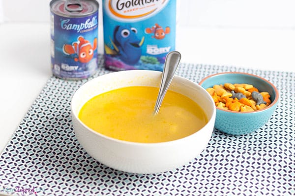 Finding Dory Campbell's soup and Goldfish crackers for a fun lunch idea!