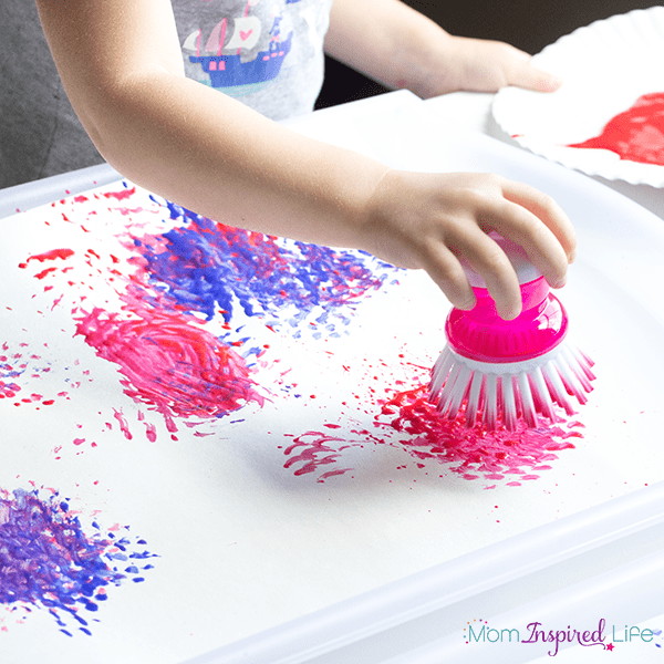 Red, white and blue fireworks craft activity for the 4th of July. Get patriotic and make some art to display!