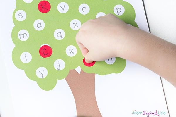 This apple tree alphabet activity is perfect for fall!