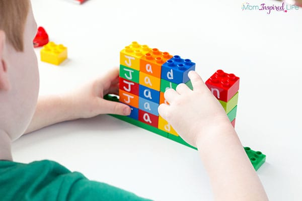 A preschool name activity that makes name learning fun!