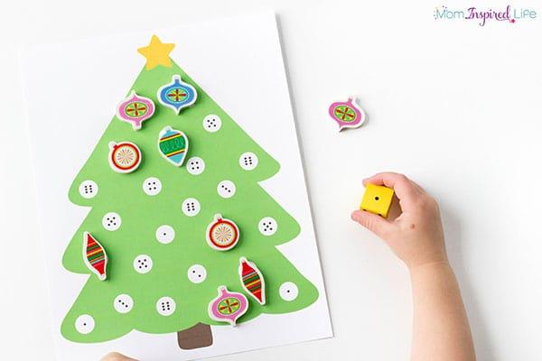 Christmas math center activity for kindergarten or pre-k.