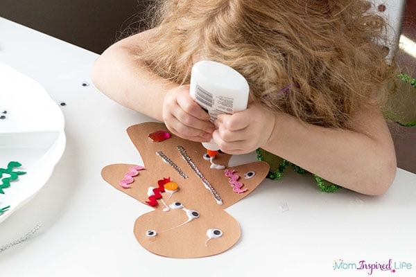 Gingerbread man art for toddlers.