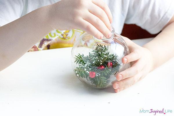 kids-pine-tree-ornament-willowbys-christmas-tree-4