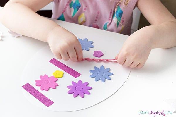 Spring Easter egg craft for preschool.
