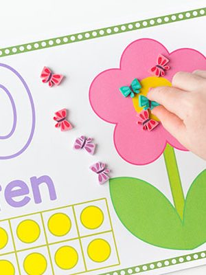 These spring counting mats are so much fun. Count butterflies onto the pretty flowers! Covers numbers 1-20.