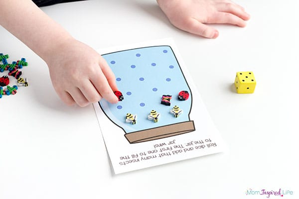 Bug counting game for kids.