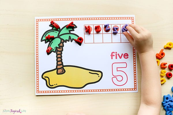 A math activity that goes perfectly with Chicka Chicka Boom Boom!