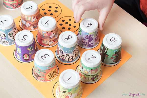 This counting and numbers activity would be perfect for a math center!