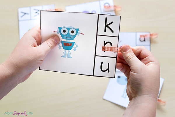 Beginning sounds clip cards. A hands-on alphabet activity for preschool and kindergarten.