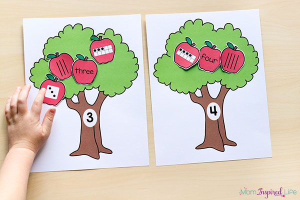 Apple math center for preschool, kindergarten and first grade. A apple-themes math activity your kids will enjoy!