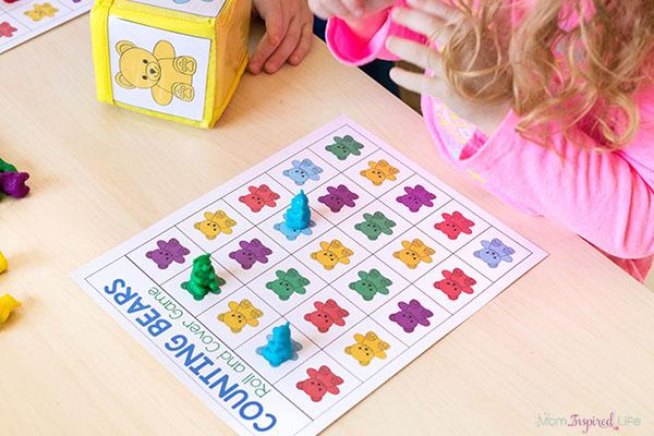 Counting bears math activity for preschool and kindergarten.