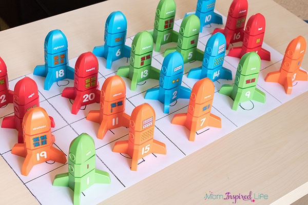 Number rockets activity that teaches numbers and number recognition.