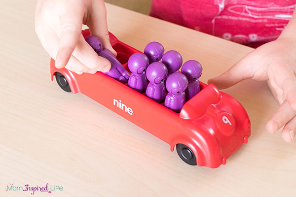 Cars number activity for preschoolers!