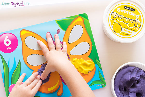Make learning numbers fun with these play dough mats!