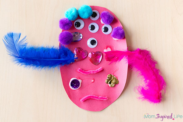 Simple monster craft for toddlers and preschoolers and kindergarten students.