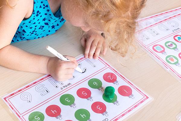 Christmas center ideas for kids.