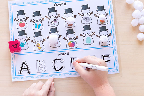 Snowman theme math and literacy centers for kindergarten and Pre-K.