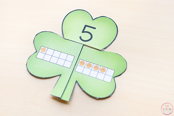 St. Patrick's Day math center idea that's lots of fun!