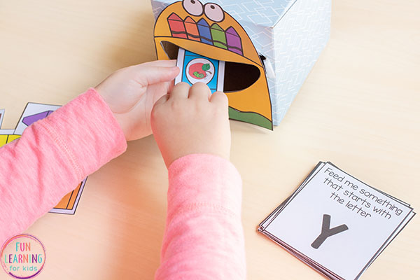A fun back to school themed alphabet beginning sounds activity for preschool, pre-k and kindergarten.