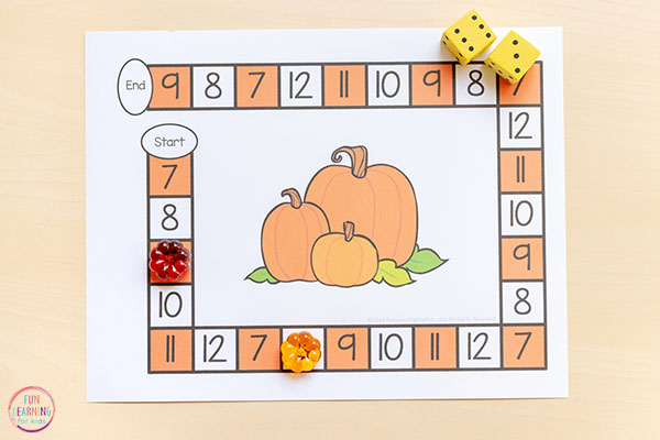 Teaching addition with an editable board game this fall. Perfect for preschool, kindergarten and early elementary.