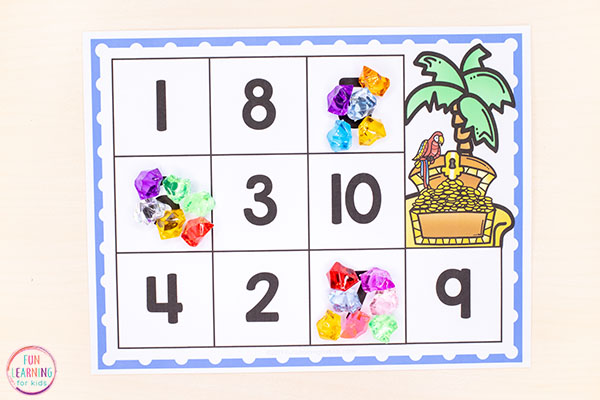 A fun pirate counting activity for learning to count and number recognition.