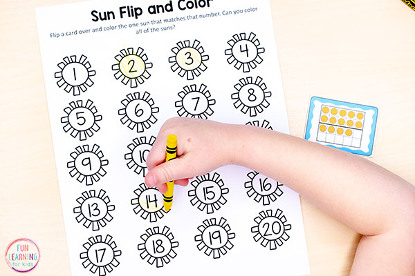 Summer counting activity for kindergarten and preschool. Make learning numbers fun!
